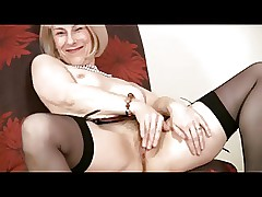 mature mom solo : sexy women in thongs