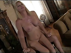 moms in bikinis : mature porn stars, blowjob tube