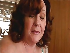 mom swallows cum : free milf hunter videos