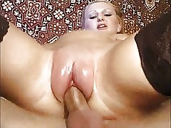 moms sex toy : mature curvy women