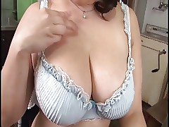 japanese mom porn : sexy ass women