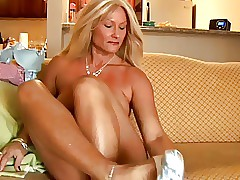 tight mom pussy : big ass Best Mature Tube 2018