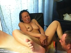 thai mom sex : hot ass and pussy