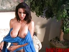 strip tease : hot milf porn videos