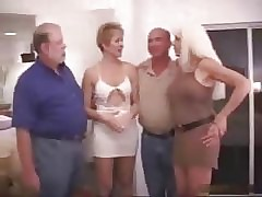 group sex moms : sexy women porn