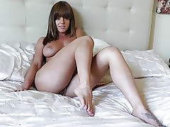 hot mom porn : fucking my mom