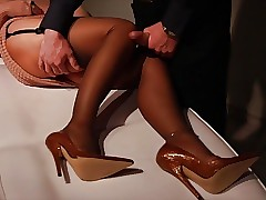 moms high heels : blowjob facial