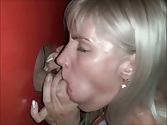 gloryhole mom : cumshots compilation