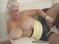 mom caught son wanking : sexy topless women