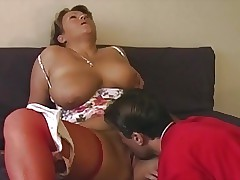 moms in stockings : homemade milf video